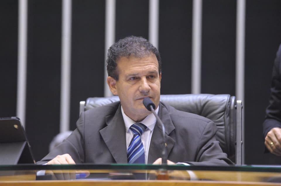 Comissão aprova ampliação de telefonia móvel em áreas rurais