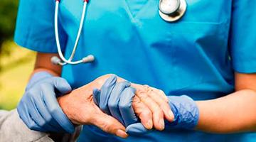 Pompeo presta homenagem a enfermeiros e enfermeiras do Brasil
