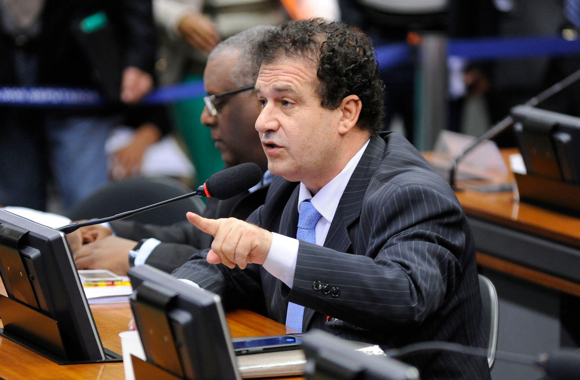 Deputado Pompeo apresenta 46 projetos para o combate a crise do coronavírus